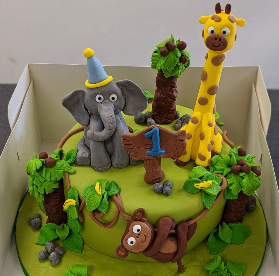 celebration_cakes_4